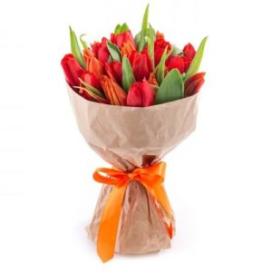17 Red Tulips Bouquet
