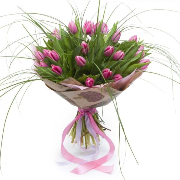 Sweetheart 25 Tulips Bouquet