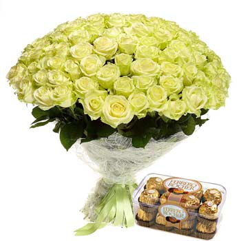 Heaven Roses Bouquet and Ferrero