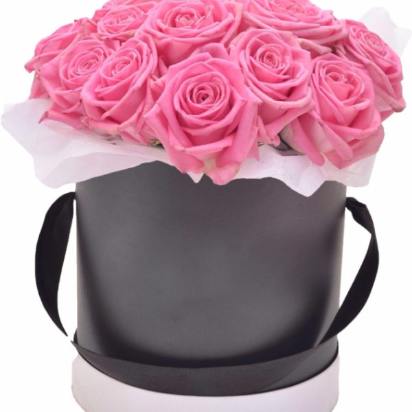 Lovely 21 Roses Black Hat Box