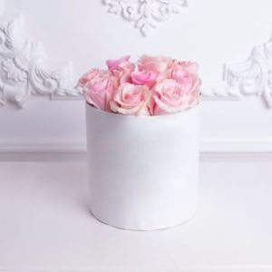 Tender Roses White Hat Box