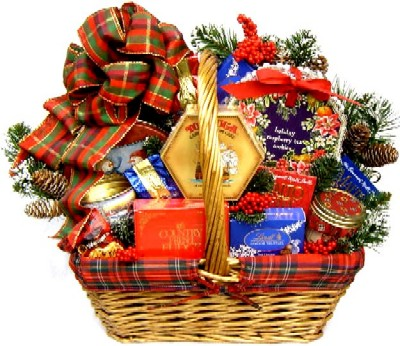 Deluxe Christmas Basket