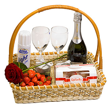 Strawberry Seduction Basket